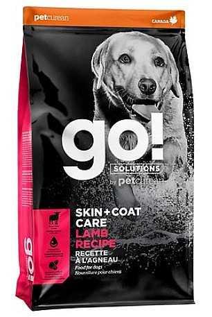 """גו! כבש סקין + קואט מופחת דגנים לכלב 11.3 ק""""ג + 1.6 ק""""ג מתנה"""