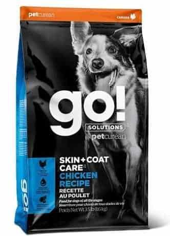 """גו! סקין + קואט מופחת דגנים לכלב 11.3 ק""""ג + 1.6 ק""""ג מתנה"""